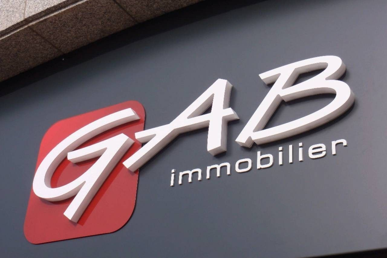Gab Immobilier - Commerce Dinan - Boutic photo 1